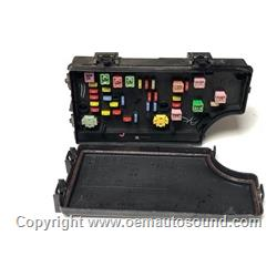 Chrysler PT Cruiser TIPM Fuse Box  P56049719AP